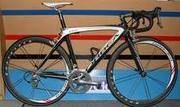 NEW 2010 TREK MADONE 5.2 Bike $3,  000