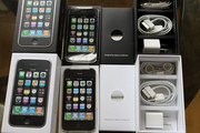F/S: Buy 2 get 1 free ...Apple iPhone 4 HD 32GB(X MAS OFFER)